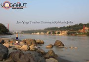 Join yoga teacher training in Rishikesh with YogaHut-Tapovan.