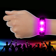 Promotional Silicon Wristbands at Wholesale Price